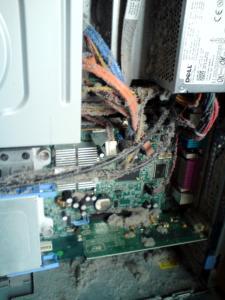 PC innen vor der Reinigung
